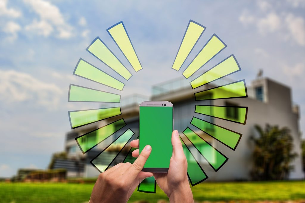 Chytrou zahradu lze ovládat přes mobil, tablet, PC nebo hlasem