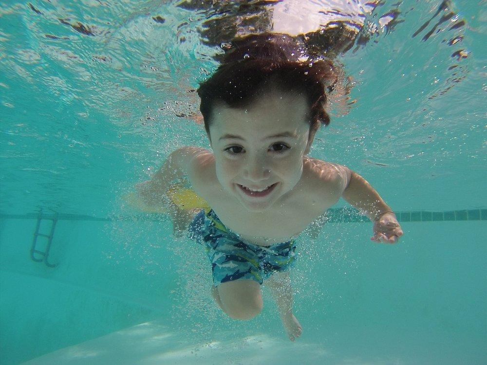 Jak funguje hlídání bazénu? Pomocí sofistikovaného systému