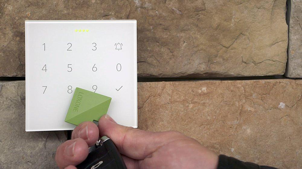 Co je Smart Home? Bezpečnostní tlačítko můžete ovládat čipem