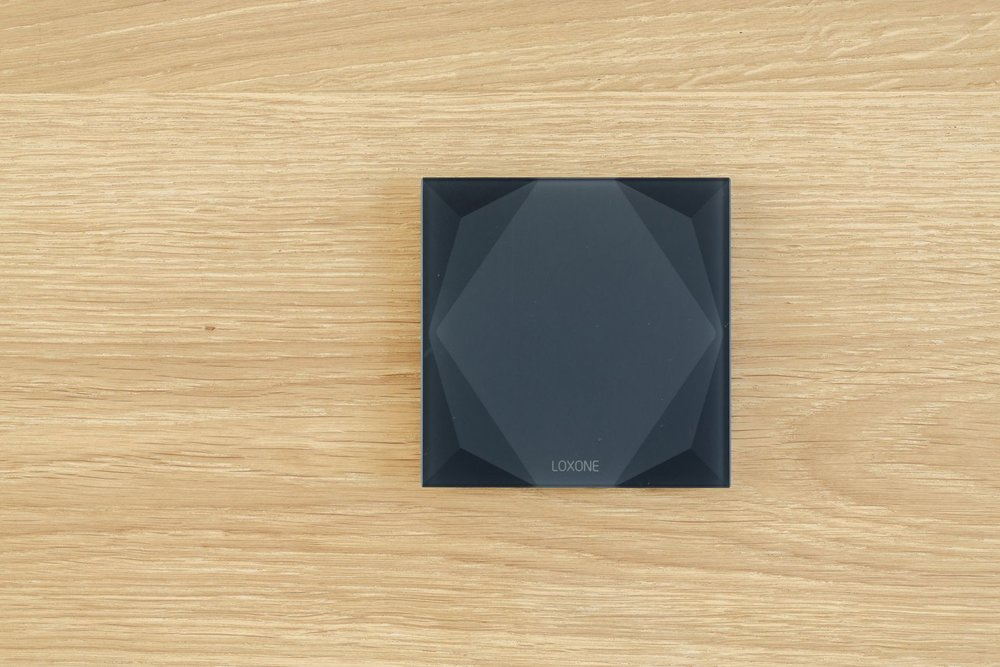 Loxone nástěnné tlačítko