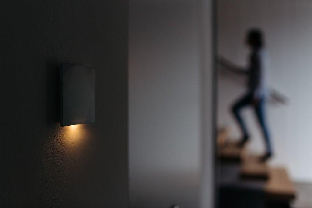 Smart Home a svítící nástěnné tlačítko
